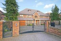 7 bedroom Detached home in Newlands Avenue, Radlett...