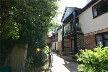 2 bedroom Flat for sale in Watling Street, Radlett...