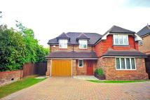 5 bedroom Detached house to rent in Goodyers Avenue, RADLETT...