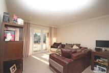 2 bedroom Flat in The Dell, Radlett...