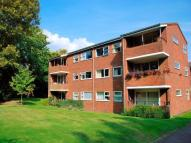 2 bed Flat to rent in The Dell, Radlett...