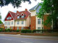 Flat to rent in Nightingale Court...
