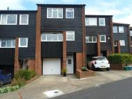 Town House for sale in Brookscroft, Croydon