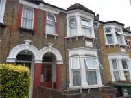 4 bed Terraced house in Bradgate Road, Catford...