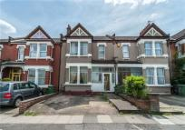 3 bedroom Terraced property in Hazelbank Road, Catford...
