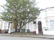 3 bedroom Maisonette in Radford Road...