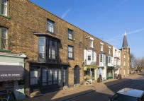 4 bedroom Town House in High Street, Deal