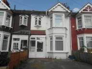 3 bedroom Terraced property to rent in Balfour Road, Ilford