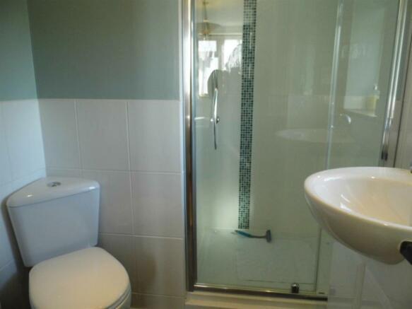 en-suite shower 2.JP