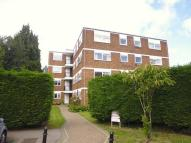 Lynwood Court Flat to rent