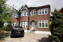 5 bedroom semi detached house in Endlebury Road...