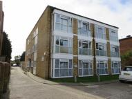 Flat to rent in The Ridgeway, Chingford