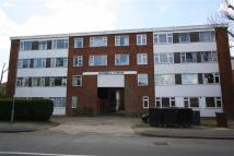 3 bedroom Flat in Russell Lodge, Chingford...