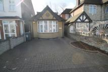 3 bedroom Detached Bungalow in Sinclair Road, Chingford