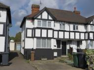 3 bedroom semi detached house in New Road, Chingford