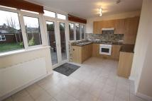 1 bed Flat to rent in Sinclair Road, Chingford