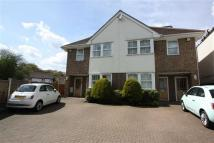 Flat to rent in Larkshall Road, Chingford