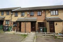 2 bed Terraced home to rent in Friars Close, Chingford