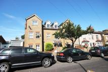 Flat in Daisy Road, London, E18