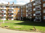 Flat to rent in CHIGWELL ROAD, E18
