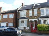 Woodville Road Flat to rent