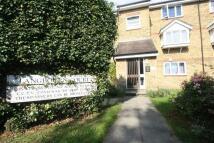 2 bedroom Flat to rent in Langbourne Court...