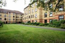 Flat to rent in Latchingdon Court...