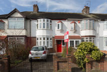 3 bed Terraced property for sale in Fyfield Road, London, E17