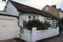 4 bed Detached Bungalow for sale in Thorpe Hall Road, London...
