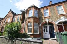2 bed Flat to rent in Blyth Road, Walthamstow