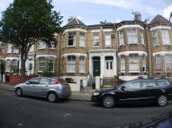2 bedroom Ground Flat to rent in Thistlewaite Road...