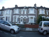 3 bedroom Terraced property to rent in North Road, Ilford, IG3