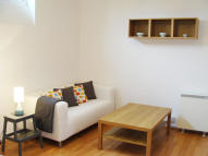 2 bed Flat in LEYTONSTONE ROAD, London...