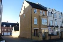 3 bed Town House in Broad Street...