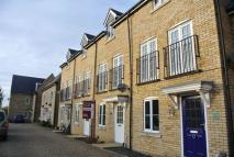 4 bed Town House in Flitmead...
