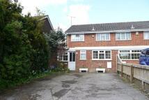 3 bedroom semi detached property to rent in Bridgers Close, Rownhams...