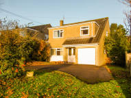 4 bed Detached home in Lodge Drive...