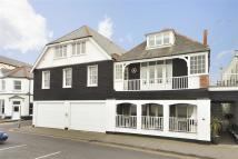 Apartment in Beach Walk, Whitstable...