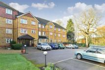 1 bedroom Flat for sale in Saddlers Court, Epsom...