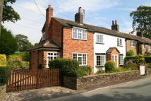 3 bedroom Cottage in Clarke Lane, Bollington...