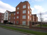 2 bed Ground Flat to rent in Essington Way...