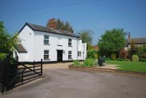 4 bedroom Detached home in Hardingham Road, Hingham...
