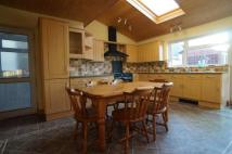 4 bedroom home for sale in Dryleaze Road, Stapleton...