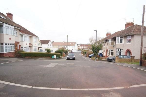 Cul-De-Sac Street Scene