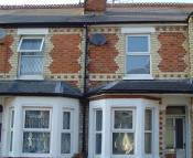 Town House to rent in Coventry Road, Reading