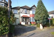 4 bed Detached home in Erroll Road, Romford, RM1