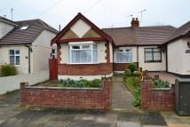2 bedroom Semi-Detached Bungalow in Doncaster Way, Upminster...