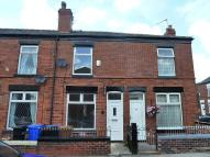Dona Street Terraced property to rent