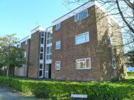 Ground Flat to rent in Elmfield Court...