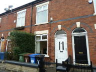 2 bed Terraced property in Dundonald Street...